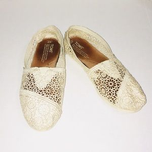 Toms Floral Lace Cream Flats Slip On Shoes
